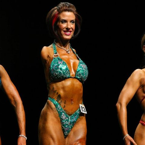 This Woman Became a Bodybuilder—Even Though She Has No Arms
