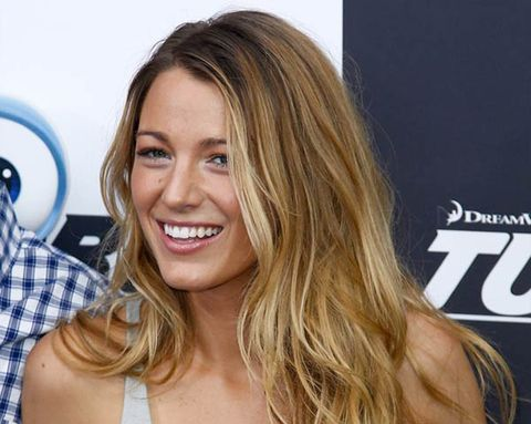 How Blake Lively Stays Fit Without a Gym
