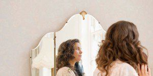 body-image-avoid-mirrors-womanmirror-300x239.jpg