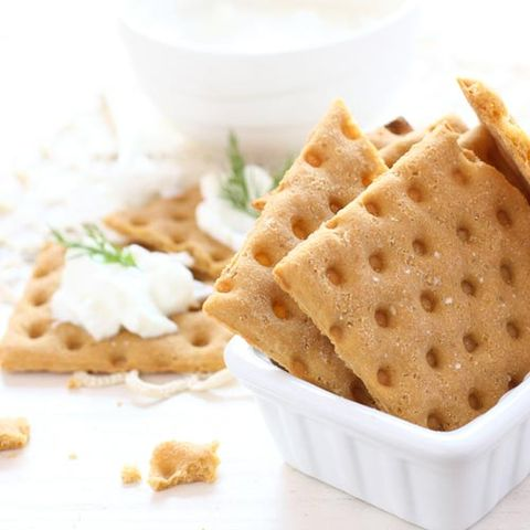 Whole-Wheat Crackers with Laughing Cow Cheese