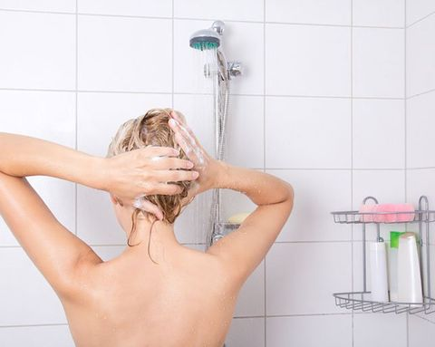 Whoa: Should You Be Conditioning BEFORE You Shampoo?