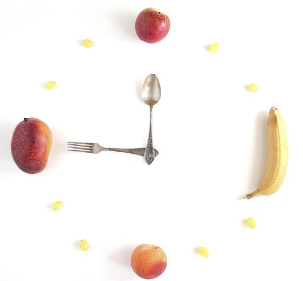 The Time of Day You're Most Likely to Blow Your Diet