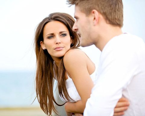 signs the guy youre dating is seeing someone else
