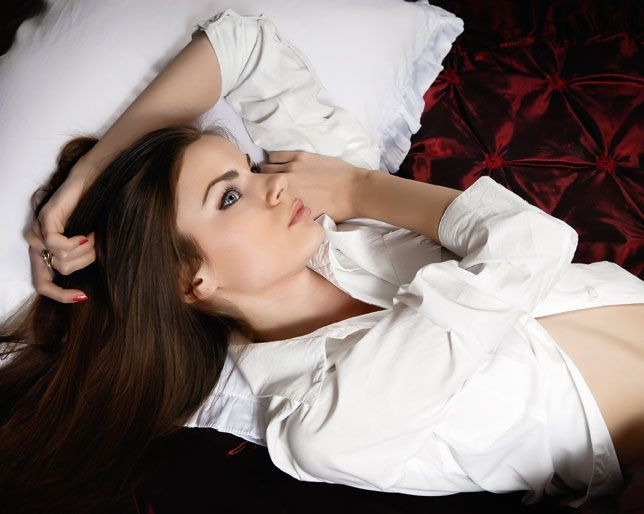 What does it mean when you dream about hookup a girl