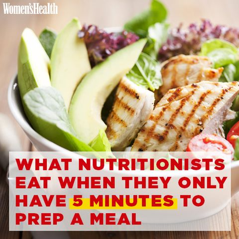 What Nutritionists Eat When They Only Have 5 Minutes to Prep a Meal