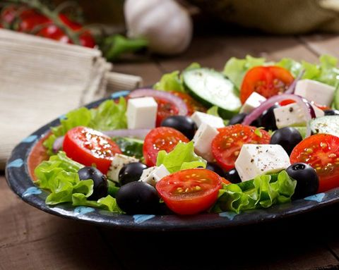 How to Make the Perfect Greek Salad