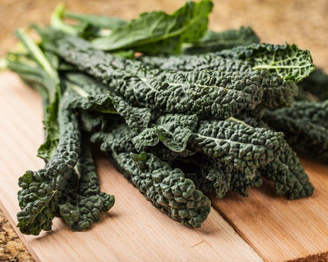 How much raw kale is safe to eat