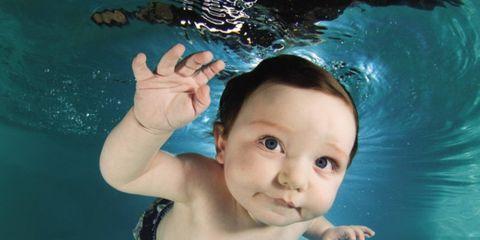 lorescasteel_underwaterbabies.jpg