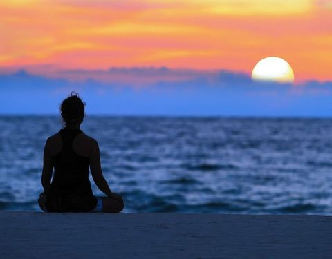 6 Benefits of Transcendental Meditation (and How You Can Get Started Today)
