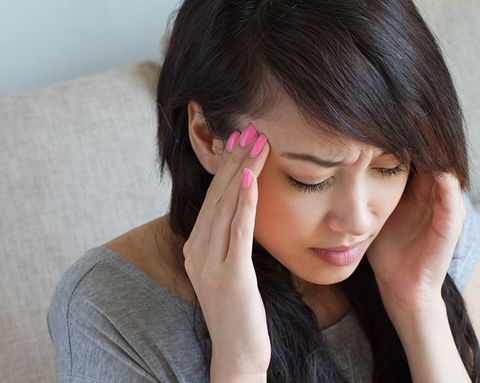 The Pill-Free Way to Reduce Migraine Pain