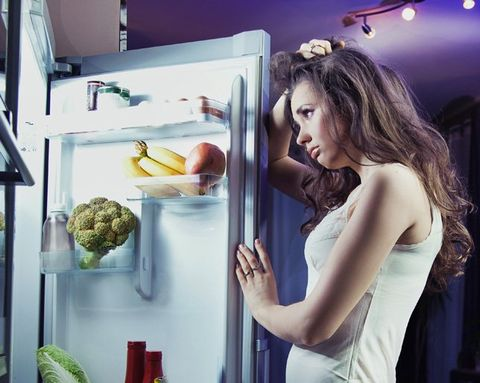What You Should Eat Before Bed to Lose Weight