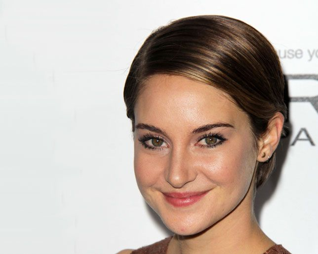 Watch Shailene Woodley Get Her Hair Chopped For The Fault In Our Stars