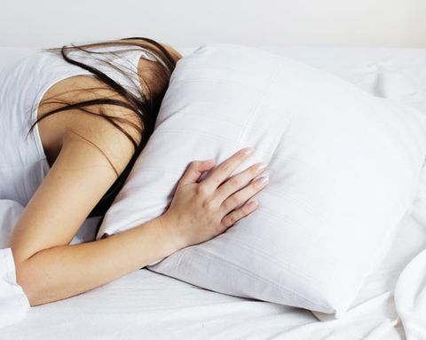 How Waking up in the Middle of the Night Affects The Rest of Your Day