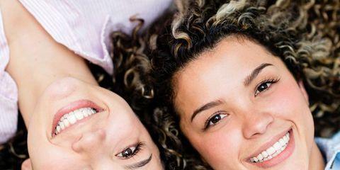twin-strangers.jpg