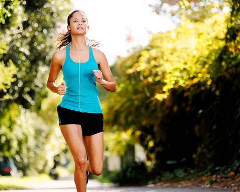 Should You Mix Walking Into Your Runs?