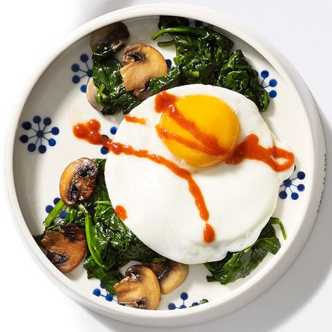 Breakfast idea: eggs 'n' greens