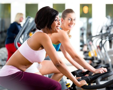 The Pros and Cons of Working Out With a Friend