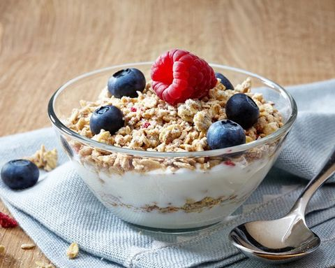 6 Yogurt Mistakes That Can Make You Gain Weight
