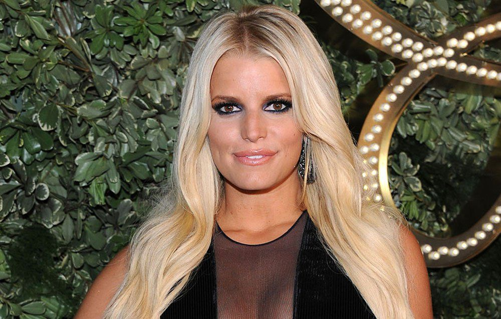 Sex moves on jessica simpson