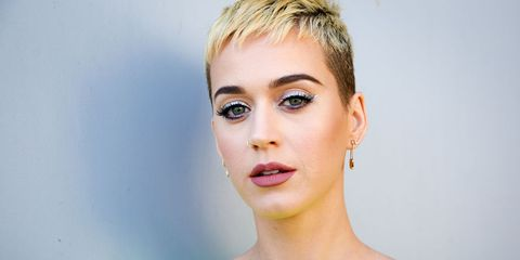katy perry haircut witness therapy
