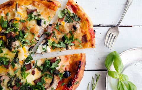 9ddc64f74c3a55 6 Low-Carb Pizza Crusts That Will Help You Lose Weight