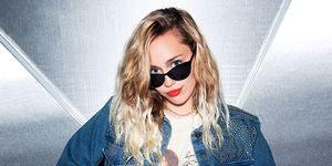 Miley Cyrus describes sex life with Liam Hemsworth