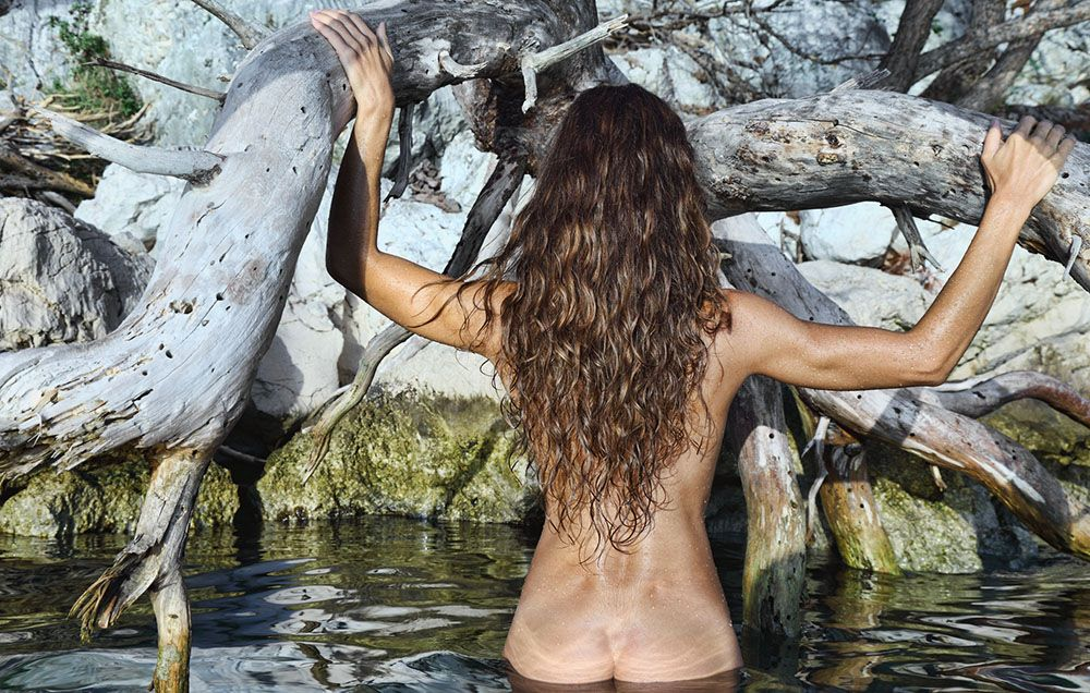 'How Becoming A Nudist Helped Me Accept My Body'