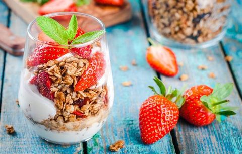 6 Ways Your Trendy Breakfast Is Making You Gain Weight—And How To Fix It