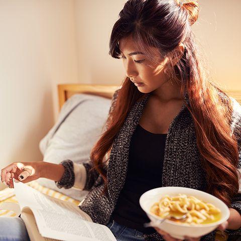 Hairstyle, Cuisine, Sitting, Dish, Eyelash, Brown hair, Long hair, Recipe, Comfort food, Model,