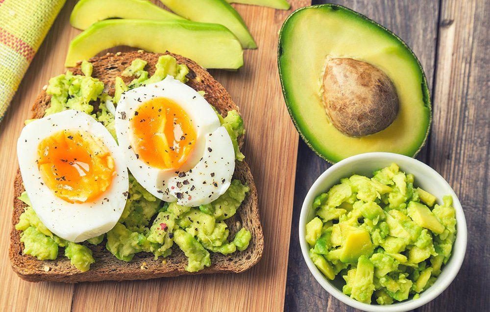 This Is Exactly What 5 Personal Trainers Eat For Breakfast