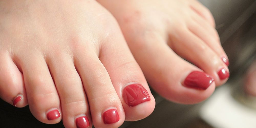 Exactly What To Do If Your Toenail Falls Off | Women\'s Health