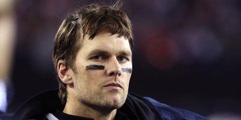 Tom Brady kisses son on lips