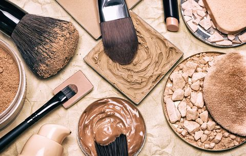 5 Signs You're Wearing The Wrong Foundation
