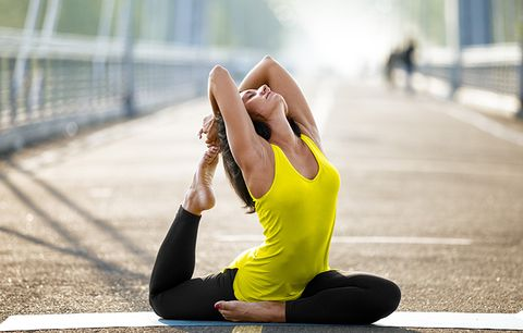 7 Yoga Mistakes You're Making That Up Your Risk Of Injury