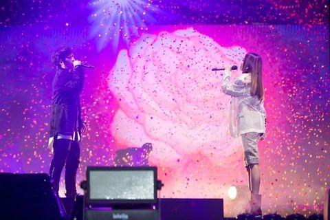 Performance, Entertainment, Stage, Performing arts, Purple, Concert, Event, Sky, Violet, Public event,