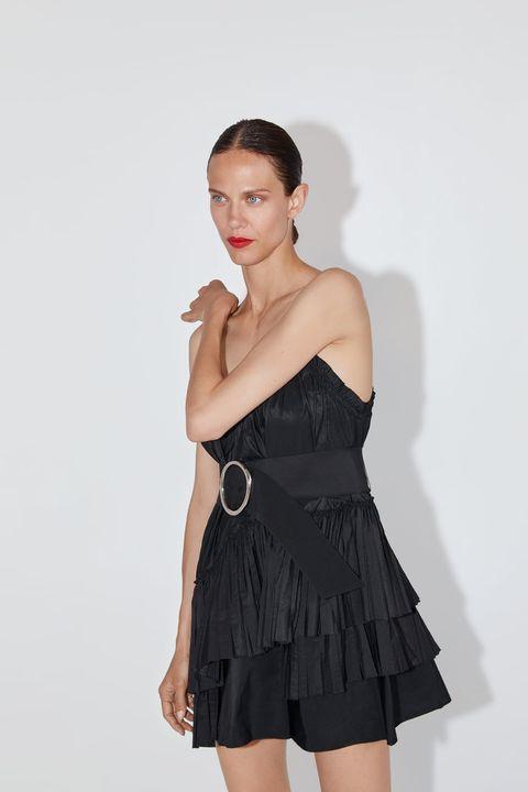 Este Es El Vestido Negro Ideal Para Tus Eventos Veraniegos