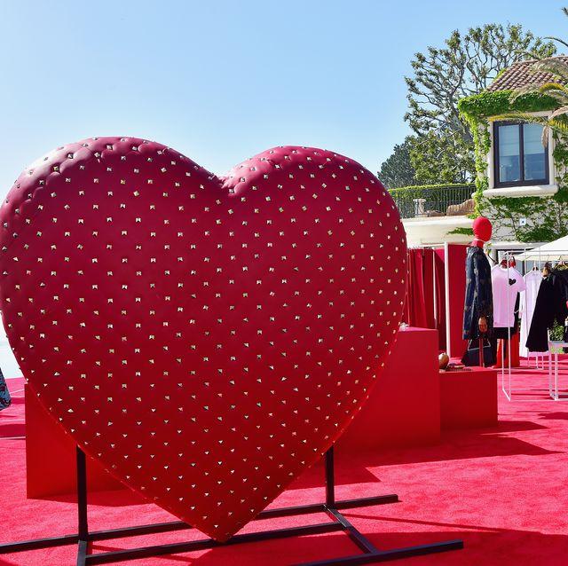Pink, Red, Heart, Love, Organ, Fun, Red carpet, Valentine's day, Design, Magenta,