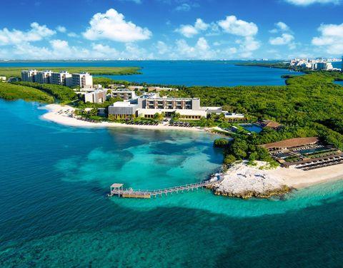 Водные ресурсы, Природный ландшафт, Карибский бассейн, Побережье, Прибрежные и океанические формы рельефа, Море, Небо, Туризм, Лазурный, Аэрофотосъемка,