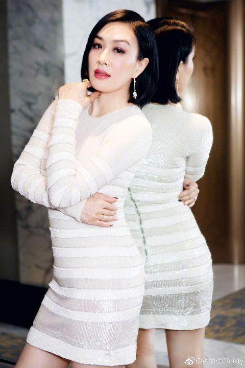 White, Clothing, Beauty, Skin, Shoulder, Model, Fashion, Dress, Lip, Fashion model,