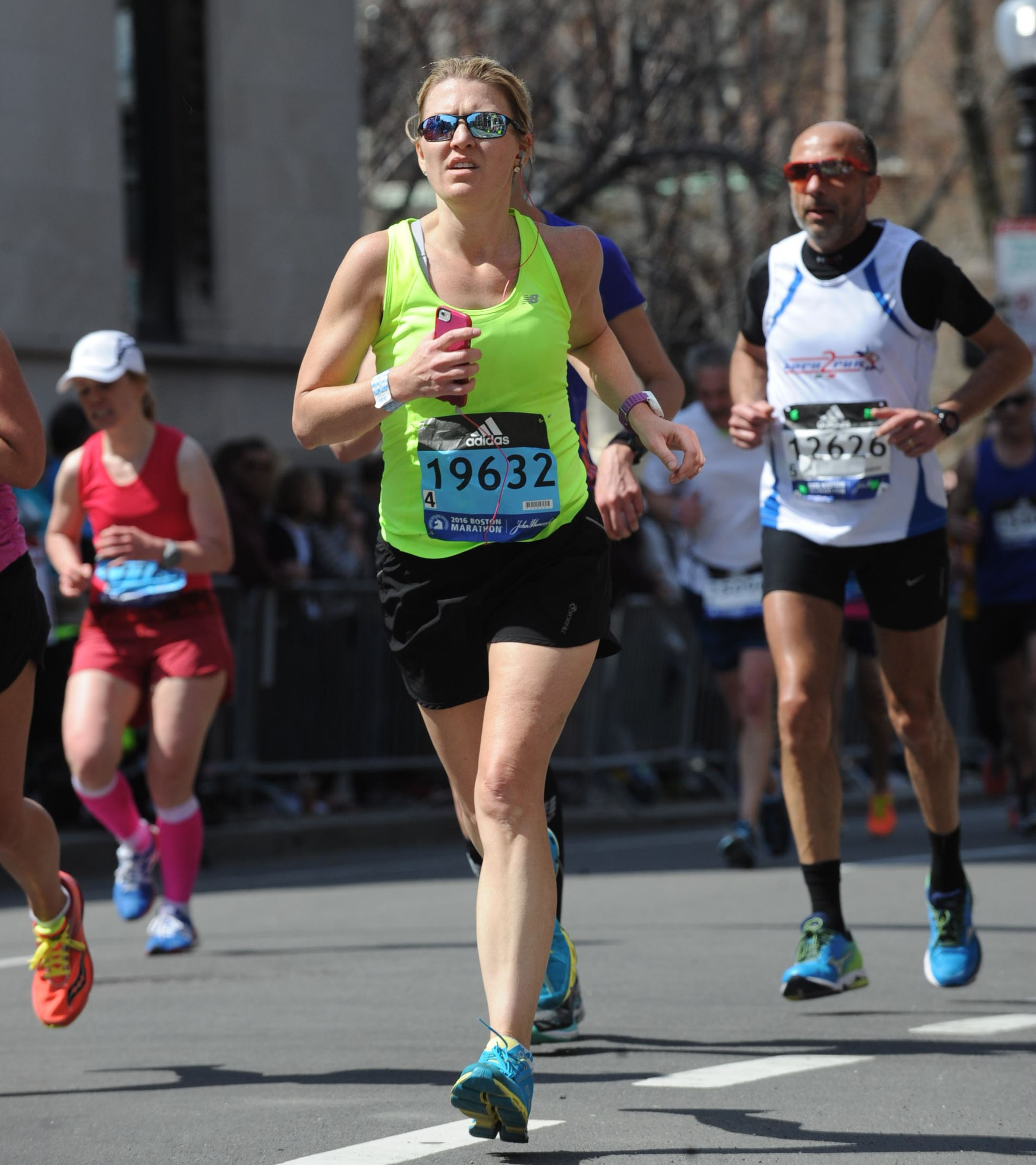 If This Doctor Can Fit in Pre-Dawn Marathon Training Before Work, So Can You