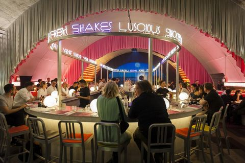 Restaurant, Event, Building, Function hall, Food court,