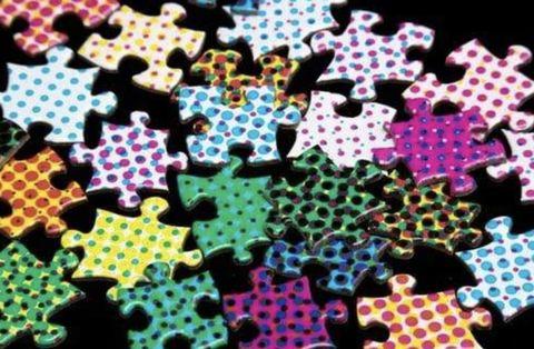 各種顏色的點點拼圖