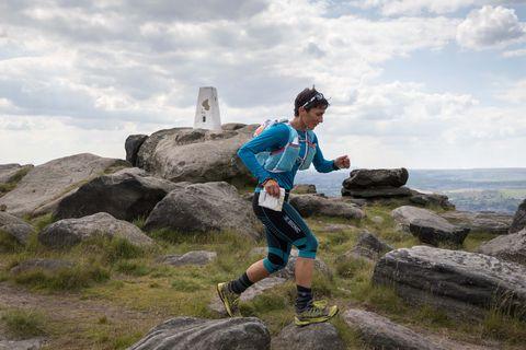 Outdoor recreation, Leisure, Running, Fall, Orienteering, Mountain, Individual sports, Sky, Ultramarathon, Fun,