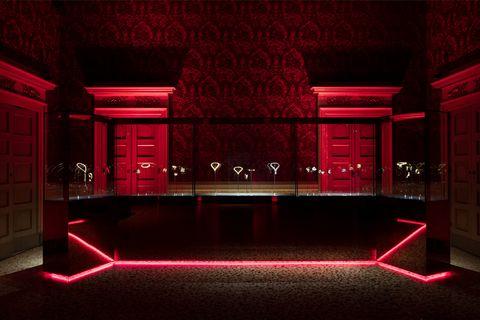 Red, Light, Stage, Lighting, Room, Building, Interior design, Architecture, Theatre, heater,