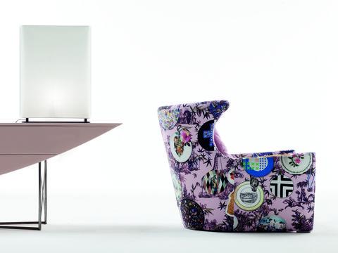Purple, Violet, Product, Furniture, Chair, Table, Design, Flowerpot, Material property, Vase,