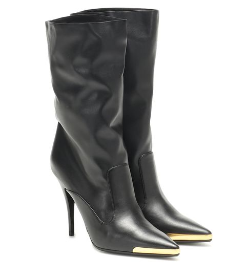 Footwear, Boot, Shoe, High heels, Knee-high boot, Leather, Durango boot, Riding boot, Leg,