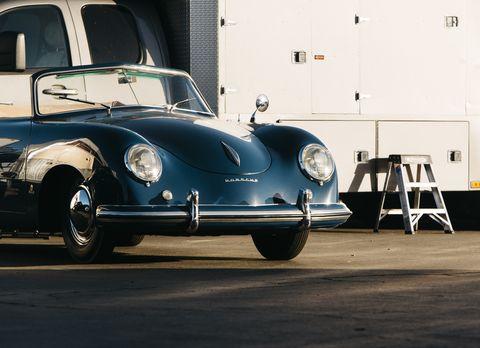 Land vehicle, Vehicle, Car, Classic car, Motor vehicle, Classic, Porsche 356, Subcompact car, Automotive design, Antique car,