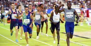 800m en Vallehermoso: Álvaro de Arriba, Kevin López y Mariano García