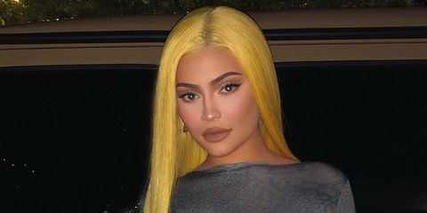 Hair, Clothing, Blond, Shoulder, Yellow, Dress, Beauty, Long hair, Hairstyle, Fashion,