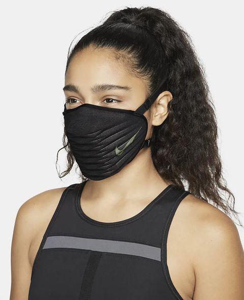 黑色的口罩